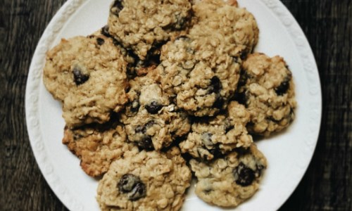 Syrup and Oat Cookies